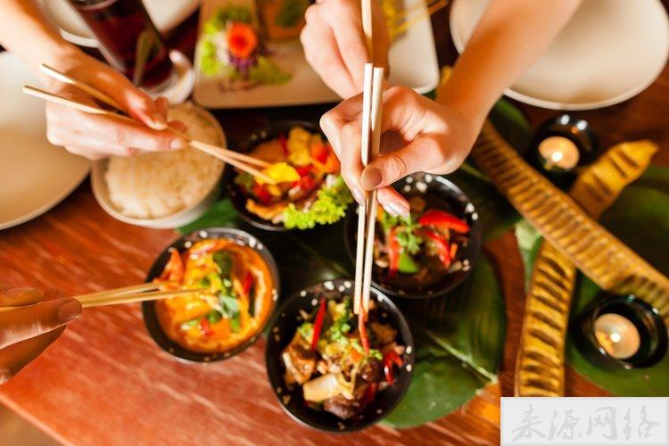 各地都在提倡使用公筷公勺 不用公筷有多可怕?实验告诉你!