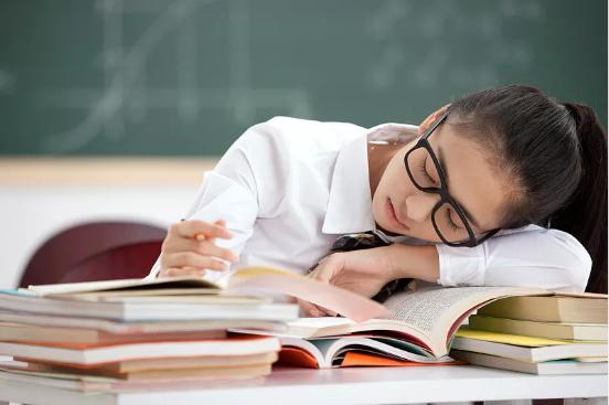 佐力乌灵胶囊助力高考 优质睡眠不能少