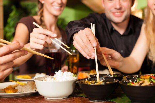 研究发现:频繁在外就餐,癌症死亡率增加67%!
