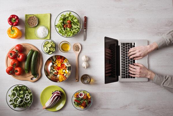 1200千卡减肥食谱范例:照着吃一周瘦10斤